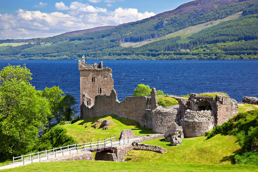 Island Trader Vacations Reviews A Loch Ness Castle Experience